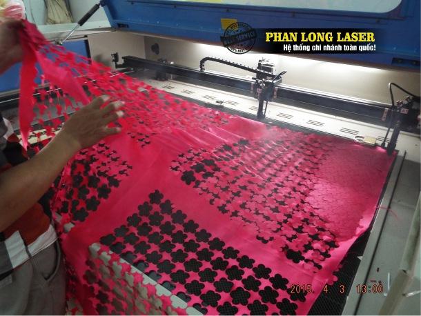 Cắt vải laser tại Tp Hồ Chí Minh, Sài Gòn giá rẻ làm nhanh lấy liền