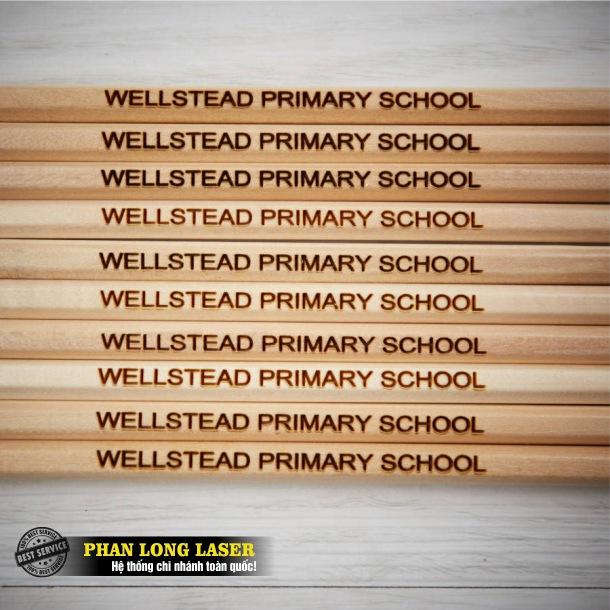 Xưởng khắc laser lên bút chì lấy ngay lấy liền giá rẻ