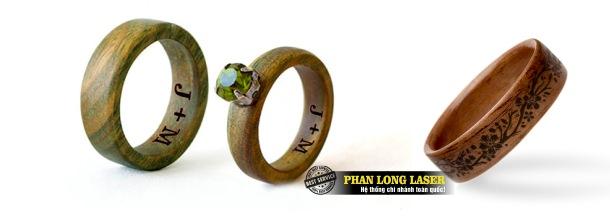 Địa chỉ chuyên nhận khắc logo, khắc hoa văn, khắc chữ khắc tên, khắc thư pháp lên nhẫn cưới bằng gỗ