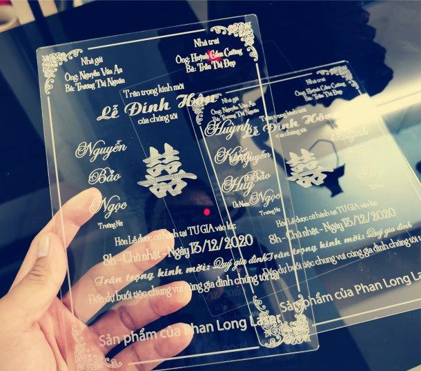 Địa chỉ nhận làm thiệp cưới nhựa mica acrylic trong suốt theo yêu cầu giá rẻ tại Tphcm Sài Gòn, Hà Nội, Đà Nẵng và Cần Thơ