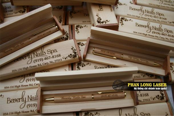 Địa chỉ Sản xuất bút viết gỗ, làm bút viết gỗ theo yêu cầu giá rẻ tại Tphcm Sài Gòn, Hà Nội, Cần Thơ và Đà Nẵng